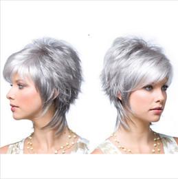 perruque noire et blanche Promotion Perruques courtes gris argenté pour les femmes noires blanches fibre synthétique à haute température Peluca Corta Rubias Perruque Peruca Pruiken Peruk