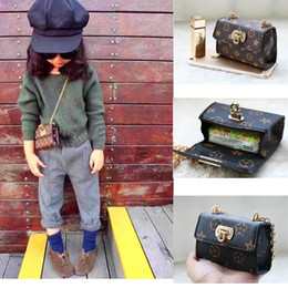 Wholesale Gold Serpentine Chain - New Fashion Girls Kids Girl's Chain Baby Bags Classical Serpentine Children Pleated Shoulder Bag Girls PU Leather Handbag 10.5*7*4.5cm A5827