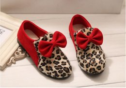 Wholesale Wholesale Rubber Flooring - Baby Shoes Fashion Kids Leopard Shoes Spring Baby Princess Shoe Bow Party Shoes Red Black Color