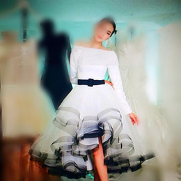 Wholesale navy blue princess organza - Vestidos Saudi Arabia Bateau Long Sleeves Puffy Ball Gown Ruffles Princess Special Occasion Dresses Sash Pretty Evening Dresses Prom Dress