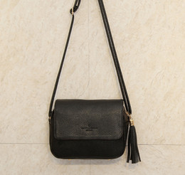 Wholesale Cheap Cute Cross Body Bags - Wholesale-Cute Women Bag Leather Luxury Handbags Ladies Black Purse Small Bag Fringe Cheap Messenger Bag Designer Case Crossbody Bags