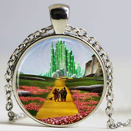 Wholesale Photo Jewelry Cabochon - NEW ARRIVED Wizard of Oz necklace Emerald City pendant jewelry Cothic Glass Photo Cabochon Necklace pendant Jewellery Gifts
