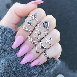 Wholesale V Ring Size - 2017 fashion 10pieces set V shape & crystal flower joint ring for women wide index finger bohemian ring vintage totem carved geometric rings