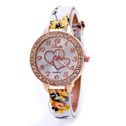 Wholesale Floral Clocks - Wholesale- Loving Heart Dial Watch Women Wrist Floral Print Leather Bracelet Watches Women Diamond Dress Clock Quartz Watch Relojes Montre