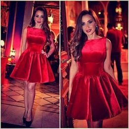 Wholesale Dresse Party - 2017 Saudi Arabic Red Satin Mini Homecoming Dresses High Neck Sleeveless Sweet 16 Short Prom Dresse Formal Party Gowns Cocktail Dresses