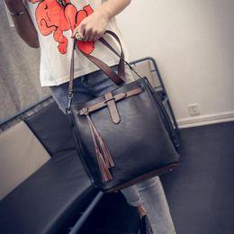 Wholesale Retro Vintage Tote - Wholesale- Luxury Handbags Women Bags Designer Messenger Bucket Vintage Retro Big Simple PU Leather Shoulder Crossbody Bag bolsos mujer