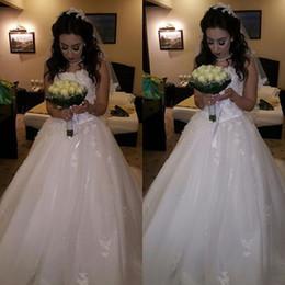 Wholesale Corset Closure Dress - 2016 Luxury A Line Beaded Strapless Lace 3D-Appliques Tulle Corset Closure Chapel Train Vestidos Garden Wedding Dresses Dhyz 01
