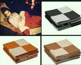 Шерстяное одеяло онлайн-2018 новый кашемировая шерсть черное одеяло дети взрослый универсальный диван одеяло дремлет детская кроватка офисное одеяло 155 х 140 см мир популярный