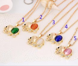 Wholesale Western Slides - New Fashion Western Design Cute Elephant Necklace Trendy cat's eye rhinestone Pendant Necklace Lucky Jewelry AA119