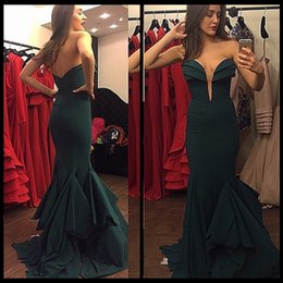 Wholesale White Forma Dress Sleeves - Emerald Green Deep Sweetheart Neckline Mermaid Chiffon Prom Dresses With Ruffle Skirt 2017 New Forma Party Gowns