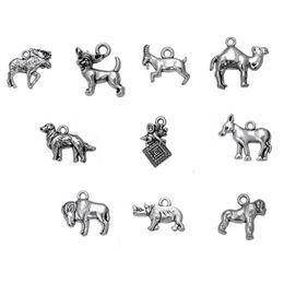 Wholesale Dog Bee - Silver Plated Goat Buffalo Moose Camel Gorilla Donkey Rhinoceros Bee Dog Vintage Animals Personalized Charm Pendant DIY jewelry