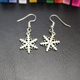 Wholesale Retro Style Ear Studs - Fresh Series Retro Style Five-pointed Star and Christmas Snowflake Snow Shape Earrings Ear Stud Ornaments For Women Kid Gift Drop Shipping