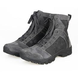 Stivale tattico del deserto di cuoio della nuova di modo dell'esercito della mucca, escursione di montagna Caldo traspirante Stivali di combattimento resistenti all'uso resistenti Scarpe da vendere da scarpe da trekking scarpe basse fornitori