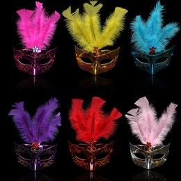 Wholesale Feathered Masquerade Masks - New party masks masquerade masks halloween color ball feather mask fashion men women sexy half face masked mask IC760