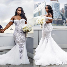 Luxuoso mais vestidos de casamento do tamanho on-line-Vestidos De Noiva 2017 Do Vintage Árabe Lace Plus Size Luxuoso Querida Frisado Ilusão De Sereia Vestidos de Noiva Vestidos Sexy
