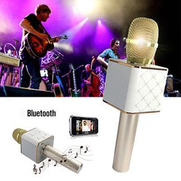Wholesale Ktv Computer Microphone - 2017 NEW mini bluetooth speaker lapel microphone wireless microphone Q9 Q7 ith Mic Speaker KTV super bass portable speaker