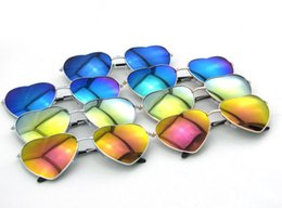 Wholesale Pink Heart Shaped Sunglasses - Fashion Heart-shaped Sunglasses for Girl Retro Metal Frame Pink Mirror Sunglasses Women Vintage Sun Glasses Eyewear D032