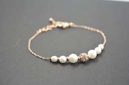 Wholesale Modest Wholesale - 2017 Modest Cheap White Pearls women Bracelets Wedding Jewelery Vintage Bracelet for Party Prom Evening Women 080