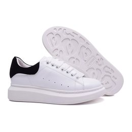 Wholesale Aw White - New AW White black Men Sneakers Women Running Shoes Athletic Shoes Trainings