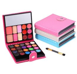 Wholesale Multi Colored Eyeshadow - Mendior Most popular Multi makeup colored High Quality organic Eyeshadow Palette,32 color magnetic Glitter pallete eyeshadow