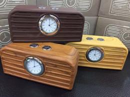 holz handuhr Rabatt Hölzerner Bluetooth Lautsprecher mit Uhr, hölzerner tragbarer drahtloser Subwoofer Unterstützung TF-Kartenspiel, Aux-in, Uhr, freihändiger Mic-Telefon Subwoofer