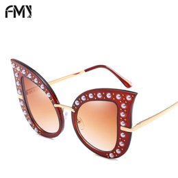 Wholesale Pearl Shade - FMY Brand Designer Pearl Sunglasses Women Fashion Oversize Frame Cat Eye Sun Glasses Vintage Rivet Shades Mirror UV400 66261