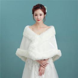 Scialle da sposa di lusso online-Nuovo Arriva Sleeveless Luxury Faux Fur Wedding Wraps senza maniche Elegante da sposa SHawl per Wedding Party P035