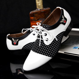 Wholesale Lace Formal Shoes For Men - designer version luxury brand formal italian luxury brand wedding shoes mens pointed toe dress shoes man leather oxford shoes for men