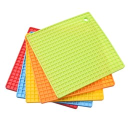 Wholesale Silicon Cushions - Wholesale- New 1 PCS Square Mat Coaster Cushion Placemat Pot Holder Heat Resistant Silicon Table Mat Can Be Hung Durable Non-Slip