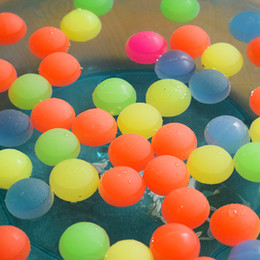 Wholesale Kids Watering Cans Wholesale - 100pcs lot mixed Bouncy Ball can floating in water child elastic rubber ball Children kids of pinball bouncy toys High quality
