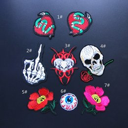 Wholesale Wholesale Cushions Skull - Patches Clothes DIY Flowered Skull Embroidered Patches For Clothing Fabric Badges Sewing Patche no2