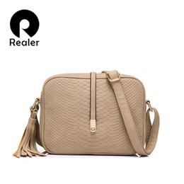 Wholesale Crocodile Leather Bags For Women - Wholesale-REALER brand women crossbody bags for women shoulder messenger bags crocodile pattern artificial leather handbag with tassel