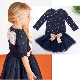 Al por mayor- niños niñas diseñado manga larga ropa conjunto 2 piezas patrón de estrellas de algodón sudaderas con capucha suéteres + Pettskirt falda traje desde fabricantes