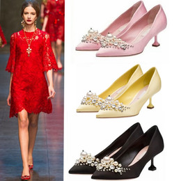Wholesale Thin Silk Dresses - European Fashions Silk Women Wedding Pumps Pointed Toe Rhinestone Thin Heels Shoes Slip-On Beading Shoes Hot Chick Pumps Women