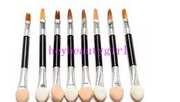 Wholesale Disposable Eyeshadow Brushes - 2017 hot lip brush 2000Pcs Cosmetic Brushes Women Makeup Eyeshadow Eyeliner Sponge Lip Brush Set Applicator Beauty Double-Ended Disposable