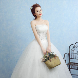 Wholesale Corset Feather Wedding Dresses - Vintage White Strapless Wedding Gowns Lace Country Style Ball Gown Bridal Dresses 2016 Church Corset Back Tulle