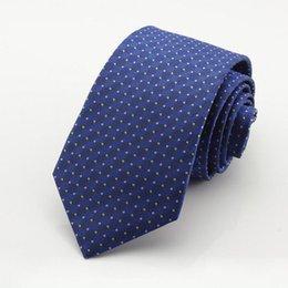 Wholesale Tecido Polyester - new 7 CM Drak blue Dots laços Corbatas Laços Para Homens Ternos Finos Vestidos Da Moda Tecido Gravata Gravatás Laços Do Partido Do Vintage