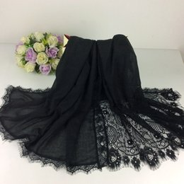 Wholesale Shawl Lace Hijab - Wholesale-Embroidery Flower Borders Plain Shawls Lace Muslim Hijab 2016 Shawls Head Wraps Long Scarf Women Luxury Scarf 10pcs lot