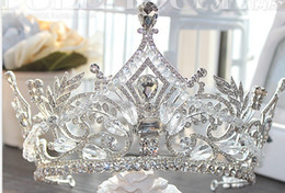 Wholesale Crystal Act - Authentic European large crystal beaded crown bride wedding gift wedding dresses deserve to act the role of the queen's crown headdress
