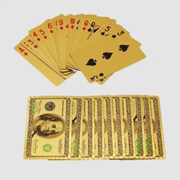 jogos de mesa de natal Desconto NOVA Durável À Prova D 'Água De Plástico Jogando Cartas De Poker Folha De Ouro Chapeado Jogando Cartas De Poker Presentes De Natal Presentes De Mesa