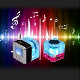 ebook mp3 player Promotion NiZHi TT028 TT-028 Crystal Lighting Digital Mini haut-parleur portable Musique MP3 Lecteur MP4 TF Disque USB Haut-parleur Radio FM Écran LCD