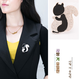 Wholesale Resin Squirrels - 2017 New Hot Sell Fashion Jewelry Gold Tone cute Squirrel Brooch For Men Women Top Quality Wholesale Lot Free Shipping