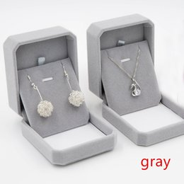 Wholesale Flocking Packing - hot selling Artificial Flocking velvet necklace gift box jewelry box spot wholesale can be customized LOGO packing box factory