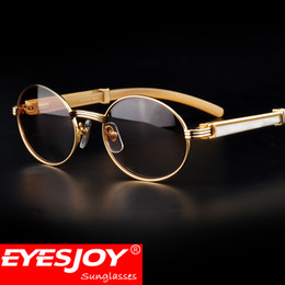 Wholesale Fashion Women Accessory - Luxury Brand Buffalo Horn Sunglasses 18k Gold Frames Men Women Fahsion Sun glasses with Red Box and Accessories