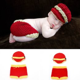 Mode Form Baby Kostüm Häkeln Baby Hosen Hut Set Fotografie Requisiten Neugeborenen Foto Requisiten Baby Gestrickte Fotografie BP059 von Fabrikanten