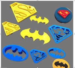 Wholesale Cake Biscuits - 4Pcs set Super Hero Batman And Superman Fondant Cake Decorating Sugar Cookie Biscuit Cutter Pastry Bakeware Tools