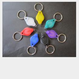 Linterna multicolor online-Moda Mini Linternas Barato UV Detector de Dinero LED Llavero Luz Multicolor Pequeño Regalo Al Por Mayor 4.2 * 4.3 CM Color Al Azar