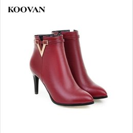 Wholesale sexy girls rubber boots - Koovan Fashion Martin Boots 2017 New Autumn 8.5Cm Stiletto Heel Women Shoes Big Size 34-43 V Buckle Sexy Girl Boots W004