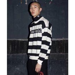 Wholesale Yellow Striped Sweater Women - 17SS Gosha Rubchinskiy Pullover Sweaters High Quality Black&Yellow Balck&White Stripes Sweaters Men Women Couple Fashion Sweaters HFYTMY001