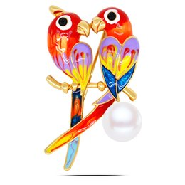 Wholesale Parrot Accessories - 4.8*2.8cm Fashion accessories High-grade generous Lovely parrot brooch brooches wholesale 3pcs women jewelry beads party dresses up